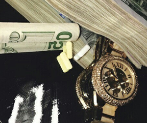 money and drugs image