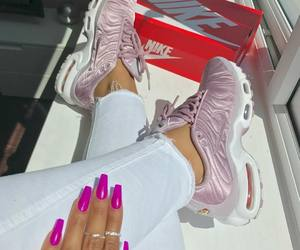 chic, nike, and shoes image