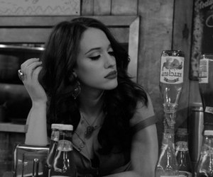 2 broke girls, Kat Dennings, and max black image