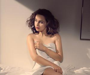 celebrities and emilia clarke image