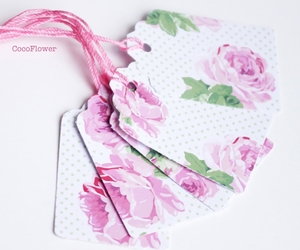 rose, shabby chic, and gift tag image