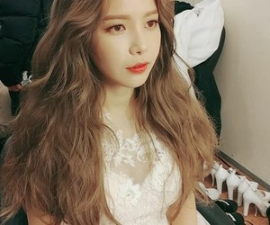 k-pop, kpop, and solar image