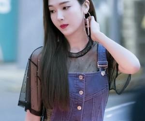 girlsgeneration, soyeon, and jessicajung image