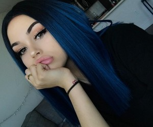hair, maggie lindemann, and blue image