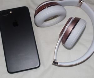 beats, headphones, and iphone image