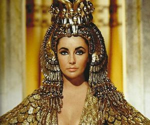 Elizabeth Taylor, cleopatra, and gold image