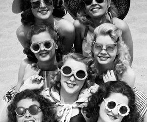 vintage, glasses, and beach image