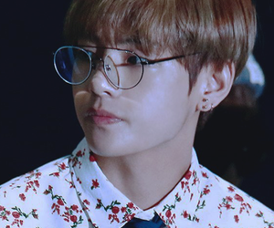 taehyung, icon, and kpop image