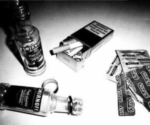 alcool, weed, and loveeee image