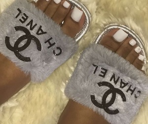 chanel and slides image