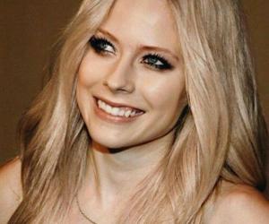 Avril Lavigne, abbey dawn, and avril ramona lavigne image