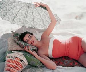 vintage, summer, and vogue image