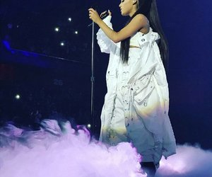 ariana grande, dangerous woman tour, and dwt image