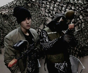 justin bieber, theme, and green image