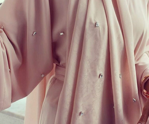 arabic, pink, and abaya image