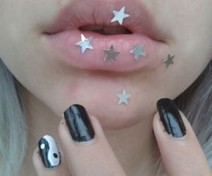 lips, grunge, and stars image