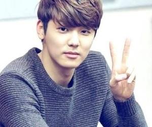 handsome, kang min hyuk, and korea image