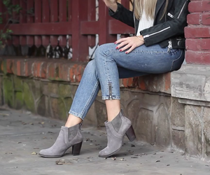 invierno, outfit, and botas image
