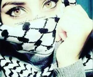 محجبات, خضر, and عيٌون image