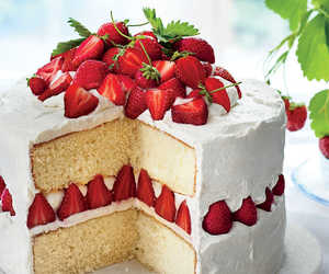 beauty, cakes, and strawberrys image