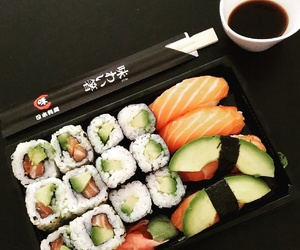 lunch, maki, and sushi image