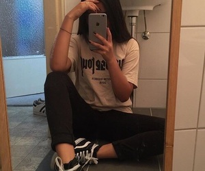 girl, iphone, and grunge image