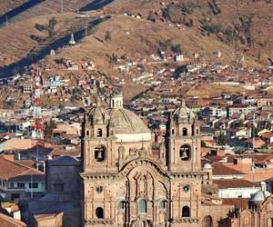amor, patria, and perú image