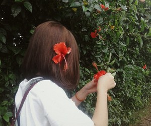 girls flowers image