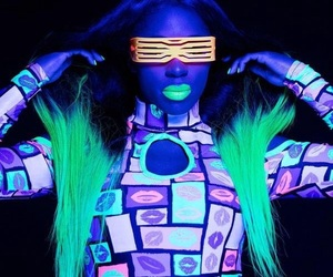 naomi, wwe, and feel the glow image