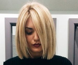 blonde hair, bob, and corte image