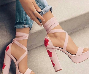 schuhe and rose image