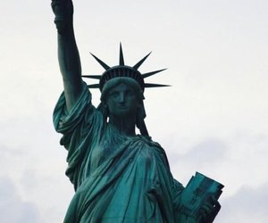 eeuu, liberty statue, and new york image