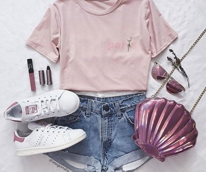 outfit, cute outfit, and seashellbag image