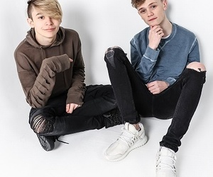 bars and melody image