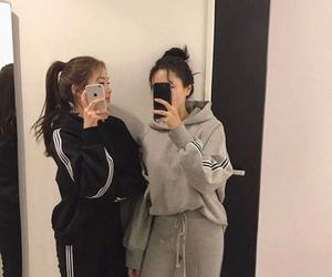 ulzzang, clothes, and girls image