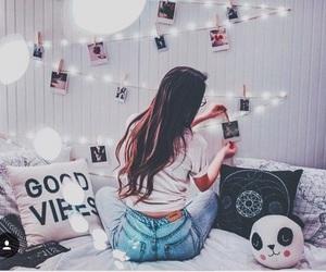 Image by V I K T O R I A ♡