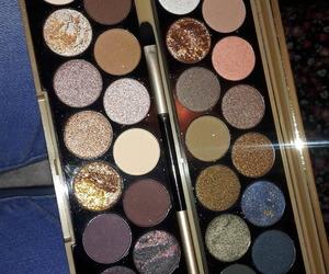 palette, makeuprevolution, and eyeshadows image