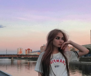 beauty, eyebrows, and girl image