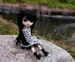 chill, dolls, and pullip image