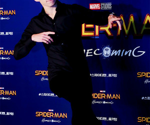spider-man, spiderman, and tom holland image