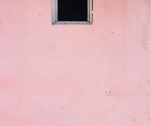 artsy, house, and pink image