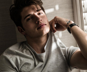 model and gregg sulkin image