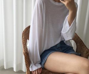 casual, kfashion, and mirror selfie image