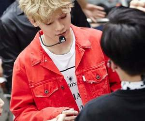 blond hair, Chen, and smtown image