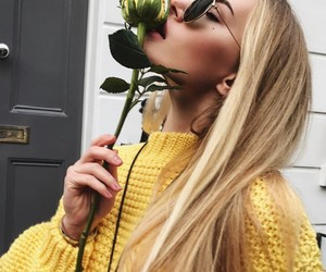 amarelo, fashion, and flores image