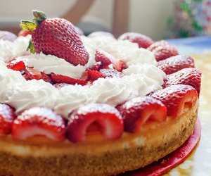 strawberry cheesecake image