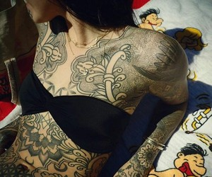 oliver sykes, Piercings, and hannah snowdon image