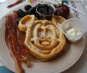 breakfast, food, and mickey mouse image