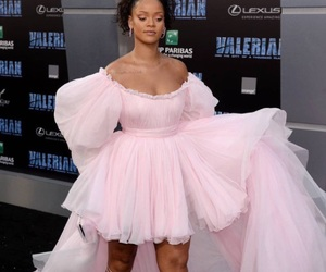 rihanna and valerian image