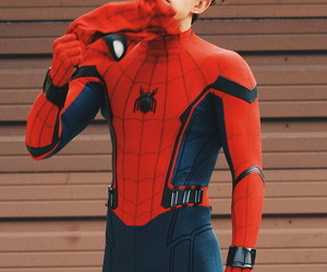 tom holland, Marvel, and spiderman image